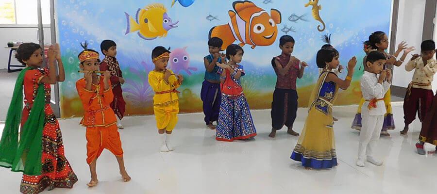Dahihandi Clebration in Prakash Memorial School